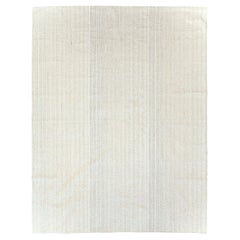 Mid-20th Century Handmade Turkish Flat-Weave Kilim Room Size Carpet in White