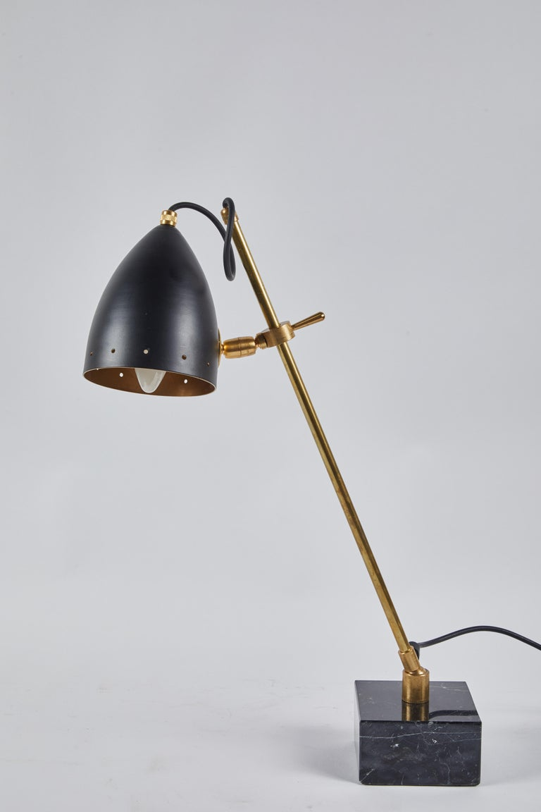Marble Mid-20th Century Italian Modern Desk Lamp For Sale