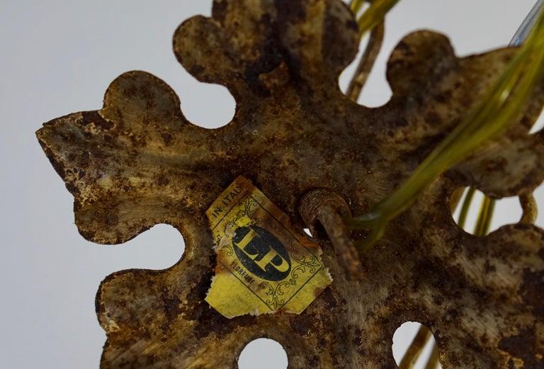 Floraler Kronleuchter aus bemaltem Eisen und Feinblech, Italien, Mitte des 20. Jahrhunderts 12