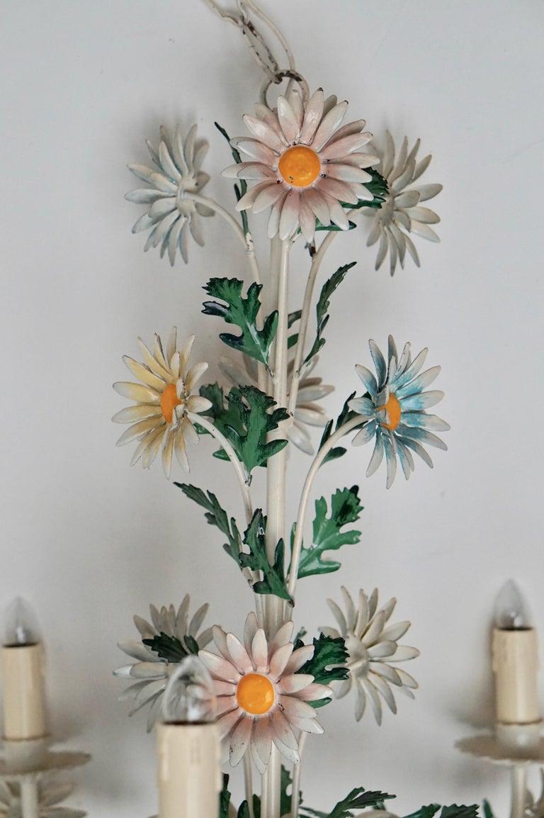 Floraler Kronleuchter aus bemaltem Eisen und Feinblech, Italien, Mitte des 20. Jahrhunderts 19