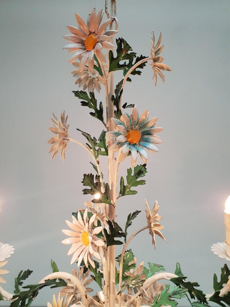 Floraler Kronleuchter aus bemaltem Eisen und Feinblech, Italien, Mitte des 20. Jahrhunderts 9