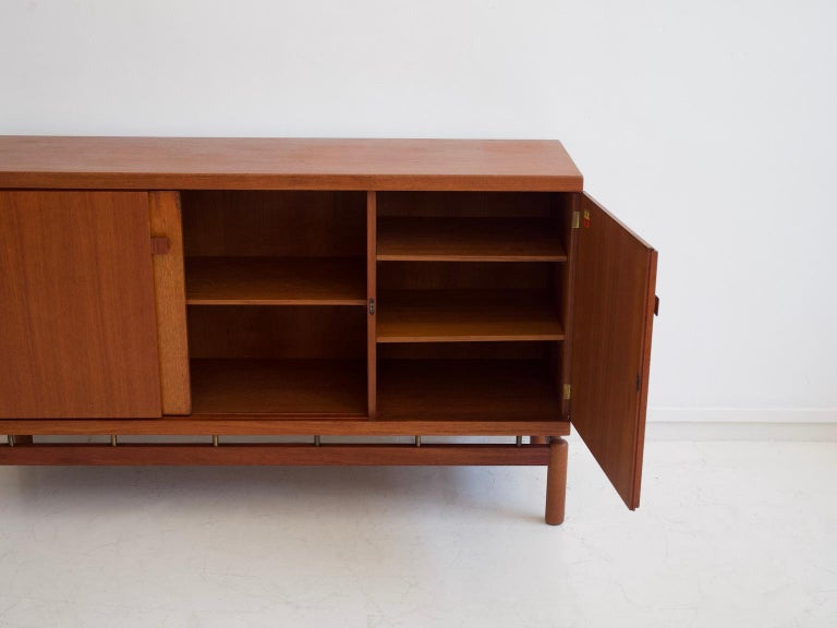 Mid-20th Century Italian Teak Sideboard with Brass Details For Sale 6
