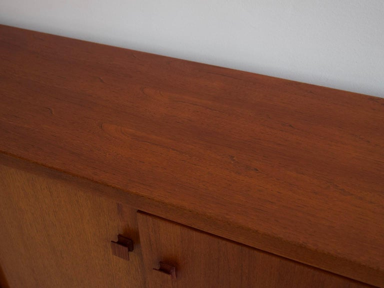 Mid-20th Century Italian Teak Sideboard with Brass Details For Sale 9