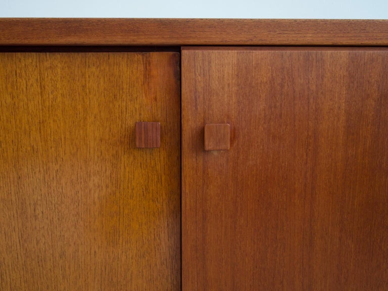 Mid-20th Century Italian Teak Sideboard with Brass Details For Sale 2