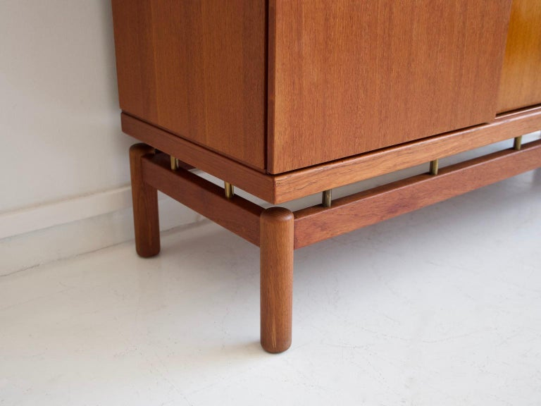 Mid-20th Century Italian Teak Sideboard with Brass Details For Sale 3