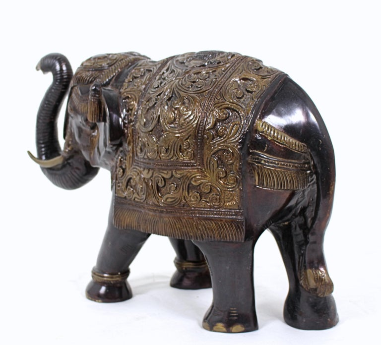 Mid-20th Century Large Indian Bronze Elephant For Sale 1