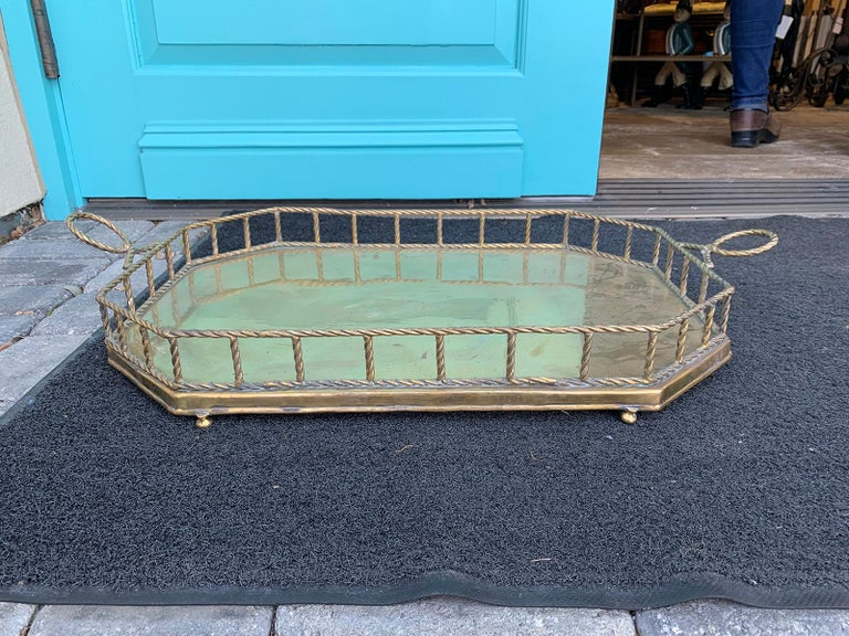 Mid-20th Century Oval Brass Tray with Rope Detail For Sale 3