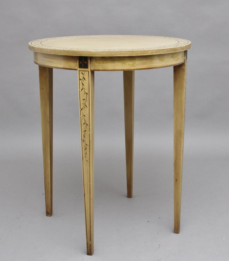 Mid-20th Century Painted Table For Sale 1