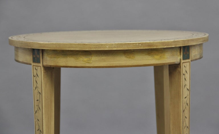 Mid-20th Century Painted Table For Sale 4