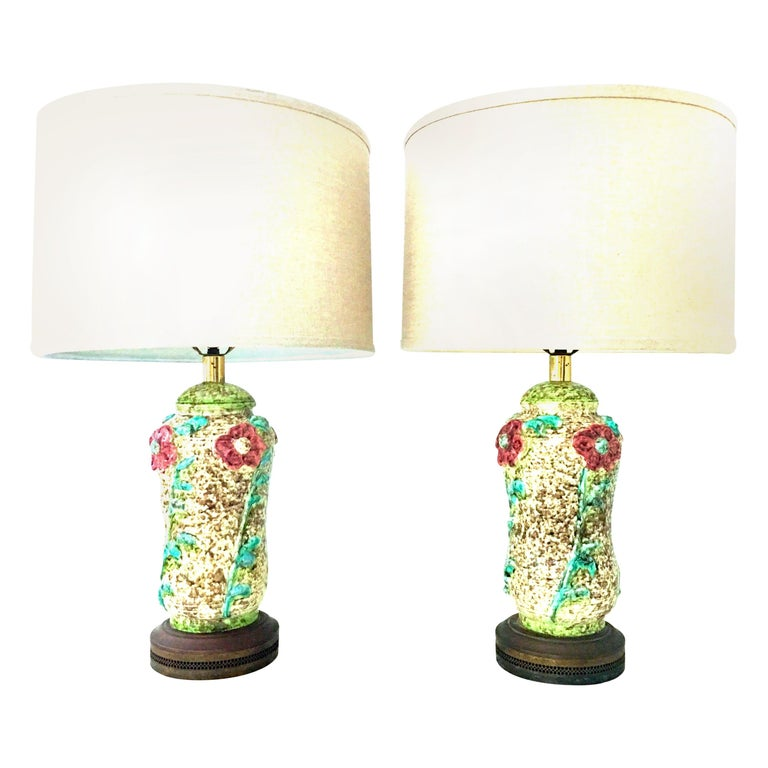 Mid-20th Century Pair of Ceramic Glaze and Gilt Brass Floral Table Lamps For Sale