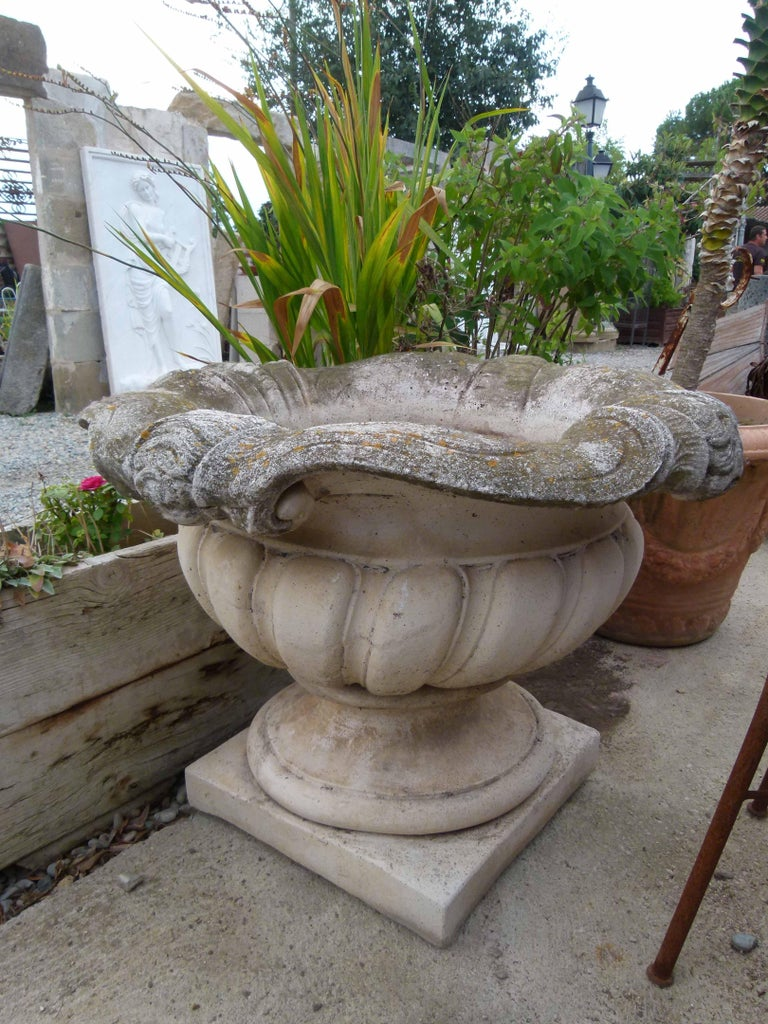 Carved Mid-20th Century Reconstituted Stone Urn in Classical Greek Style For Sale