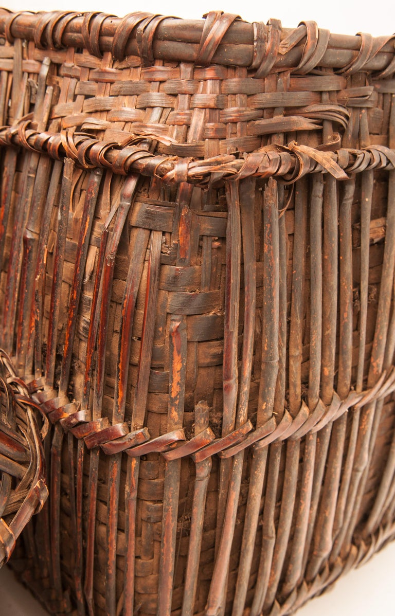 Mid-20th Century Shaman Basket with Hand Spun Netting, From the Tamang of Nepal For Sale 10