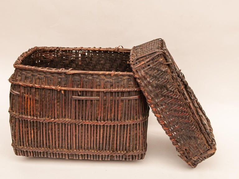 Mid-20th Century Shaman Basket with Hand Spun Netting, From the Tamang of Nepal For Sale 2