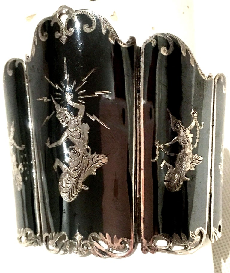Mid-20th Century Siam Sterling Silver & Niello Enamel Panel Link Bracelet-Signed For Sale 5