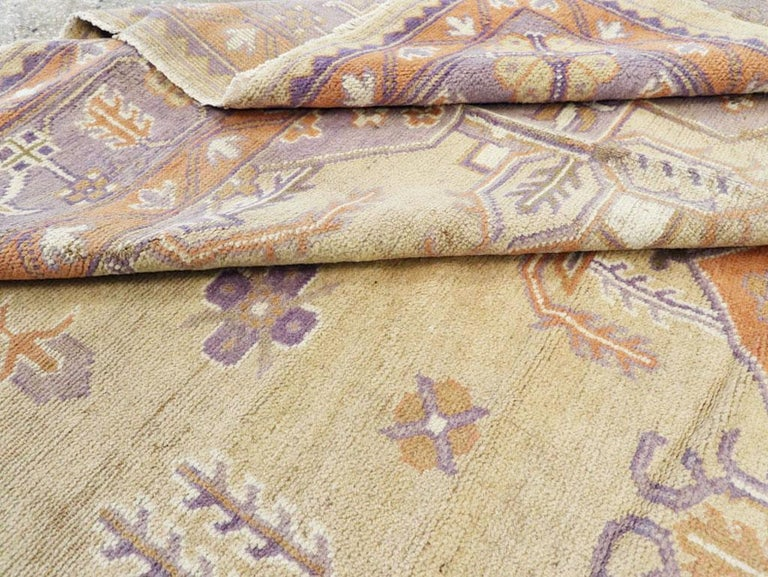 Mid-20th Century Soft Colored Oushak Carpet in Beige, Purple, and Orange For Sale 3