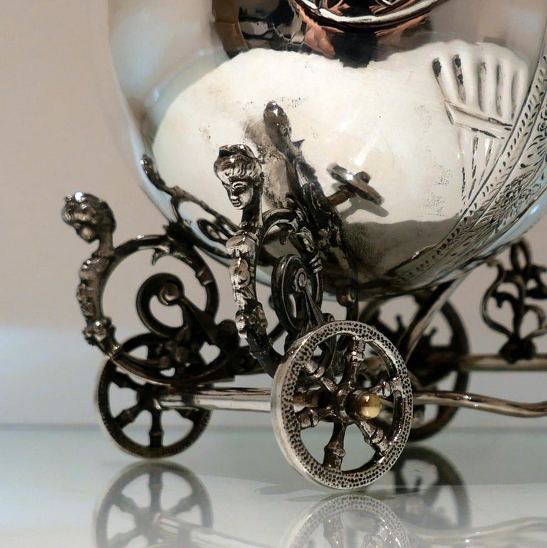 Mid-20th Century Sterling Silver Continental Large Serving Carriage, circa 1950 For Sale 7