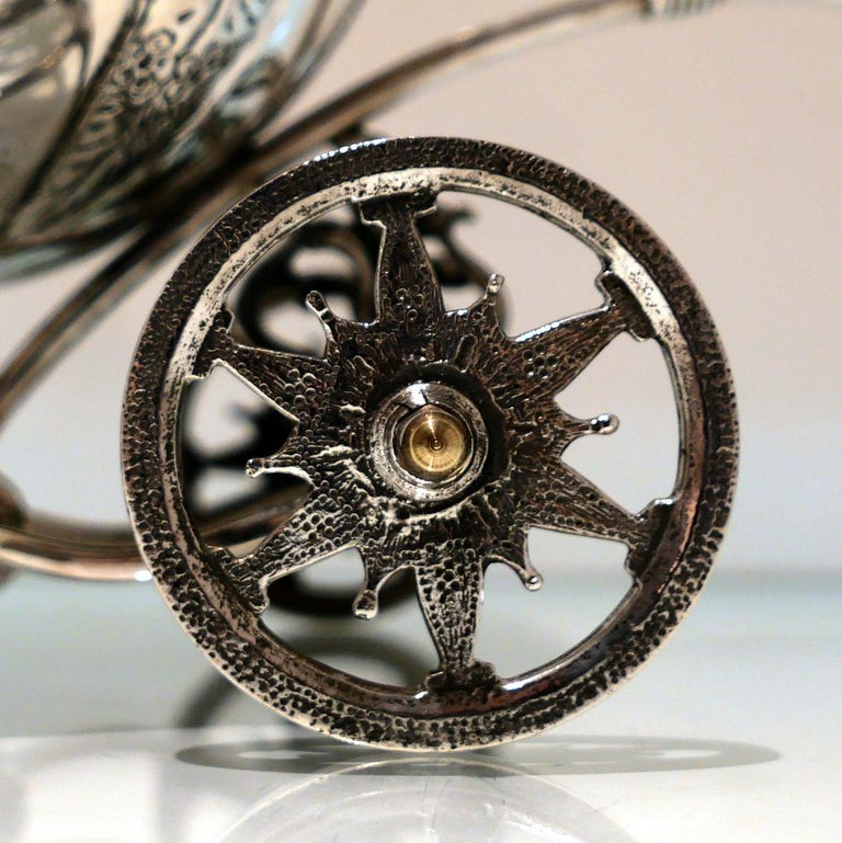 Rococo Mid-20th Century Sterling Silver Continental Large Serving Carriage, circa 1950 For Sale