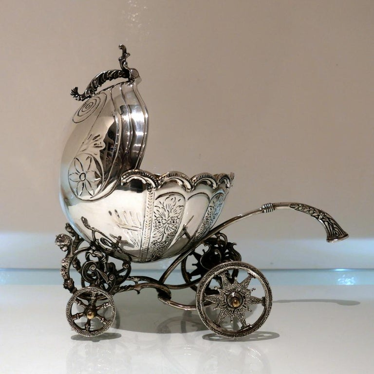 Mid-20th Century Sterling Silver Continental Large Serving Carriage, circa 1950 For Sale 2