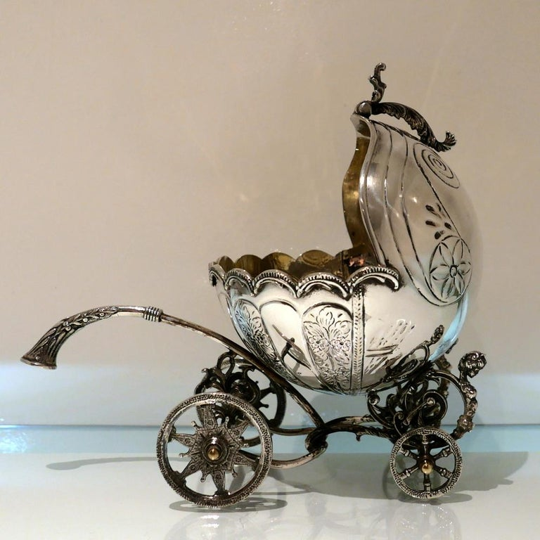 Mid-20th Century Sterling Silver Continental Large Serving Carriage, circa 1950 For Sale 3