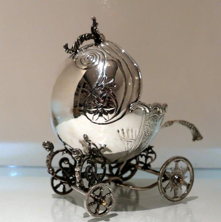 Mid-20th Century Sterling Silver Continental Large Serving Carriage, circa 1950 For Sale 5