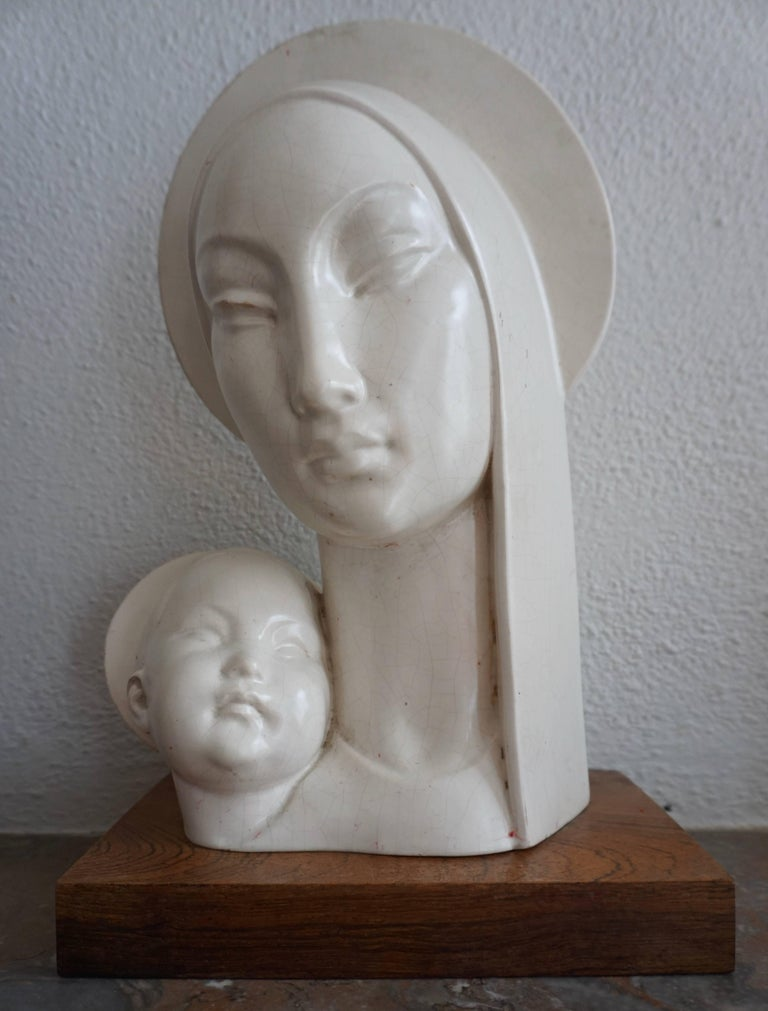 Mid-20th Century Stylized Plaster Sculpture of Madonna and Child For Sale 1