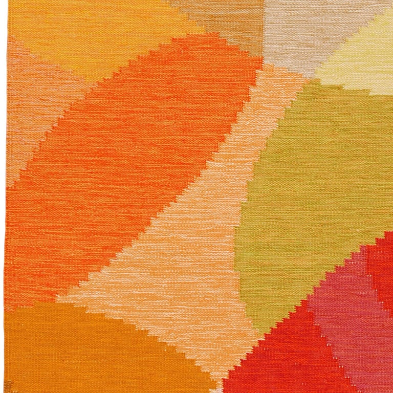 Mid-20th Century Swedish Flat-Weave Rug by Ingegerd Silow In Good Condition For Sale In New York, NY