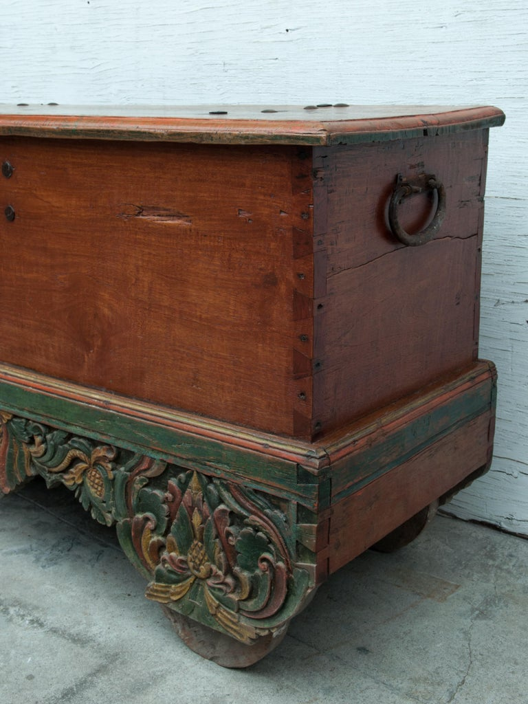 Mid-20th Century Teak Chest on Wheels from Java. Original Color and Hardware. In Good Condition For Sale In Point Richmond, CA