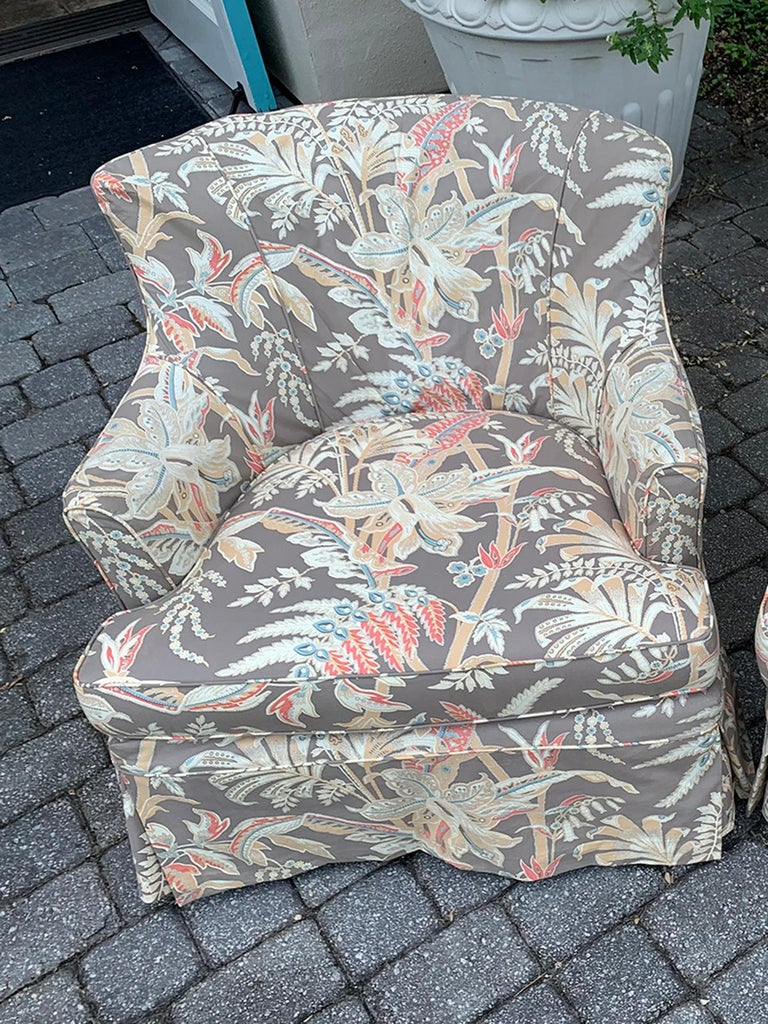 Mid-20th Century Upholstered Club Chair In Good Condition For Sale In Atlanta, GA