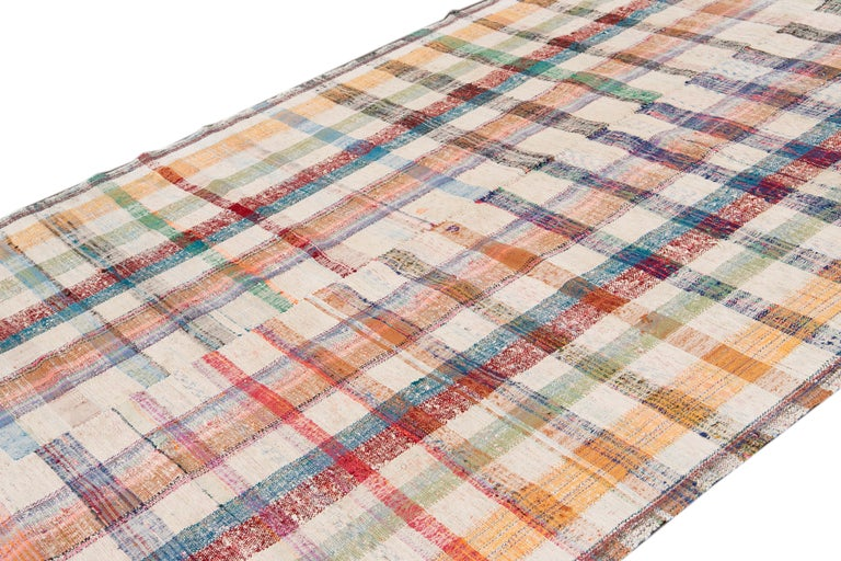 Mid-20th Century Vintage Flat-Weave Rug For Sale 7