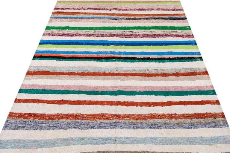 Mid-20th Century Vintage Kilim Wool Rug For Sale 12