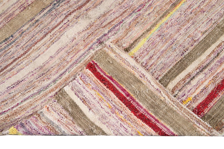 Mid-20th Century Vintage Kilim Wool Rug In Excellent Condition For Sale In Norwalk, CT