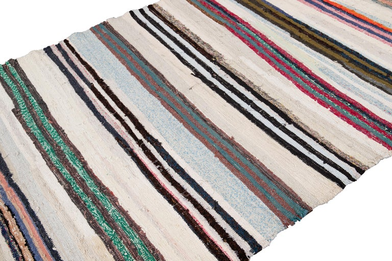 Mid-20th Century Vintage Kilim Wool Rug For Sale 3