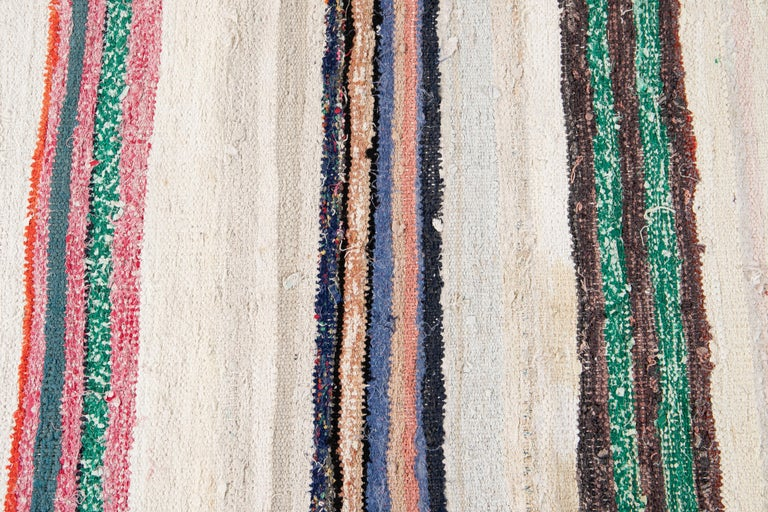 Mid-20th Century Vintage Kilim Wool Rug For Sale 4