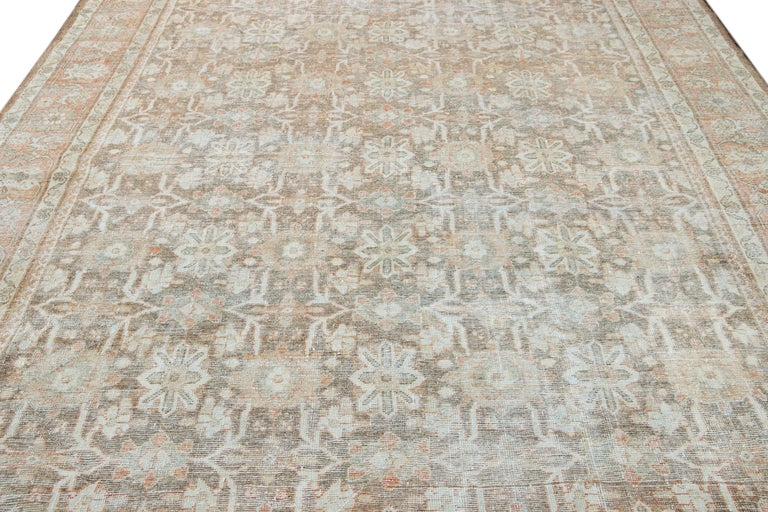 Mid-20th Century Vintage Mahal Wool Rug For Sale 5