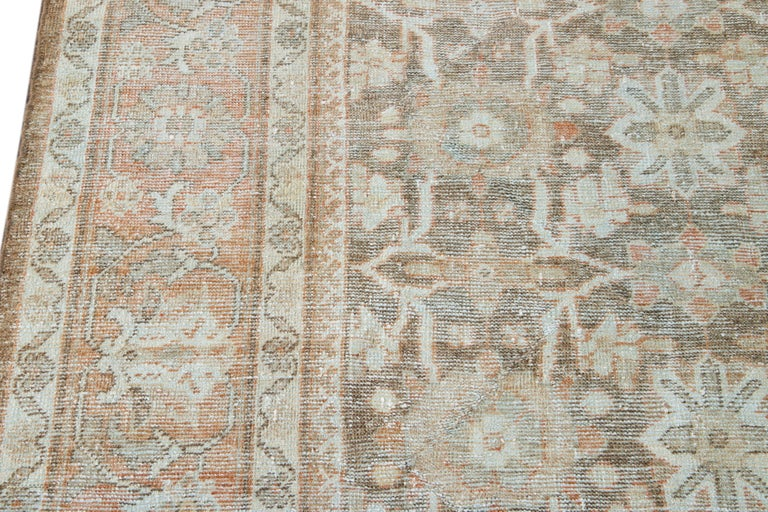 Mid-20th Century Vintage Mahal Wool Rug For Sale 6