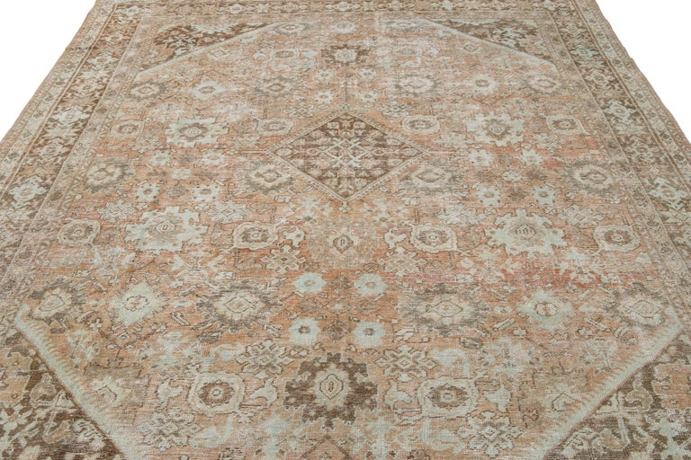 Mid-20th Century Vintage Mahal Wool Rug For Sale 8