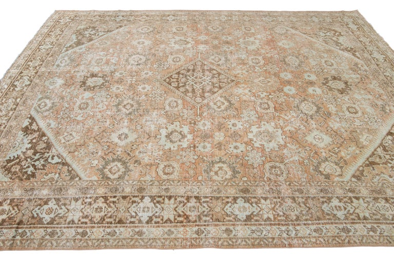 Mid-20th Century Vintage Mahal Wool Rug For Sale 9