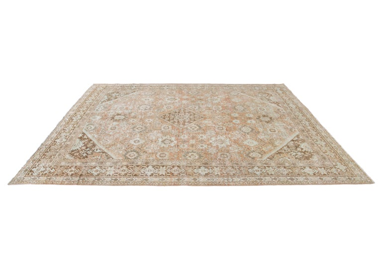 Mid-20th Century Vintage Mahal Wool Rug For Sale 10