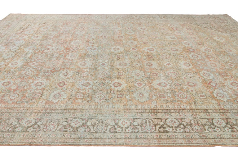 Mid-20th Century Vintage Mahal Wool Rug For Sale 11