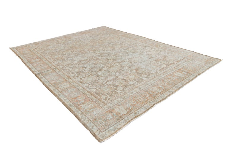Mid-20th Century Vintage Mahal Wool Rug For Sale 12