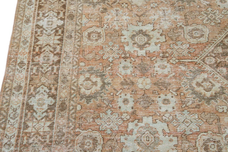Mid-20th Century Vintage Mahal Wool Rug For Sale 4