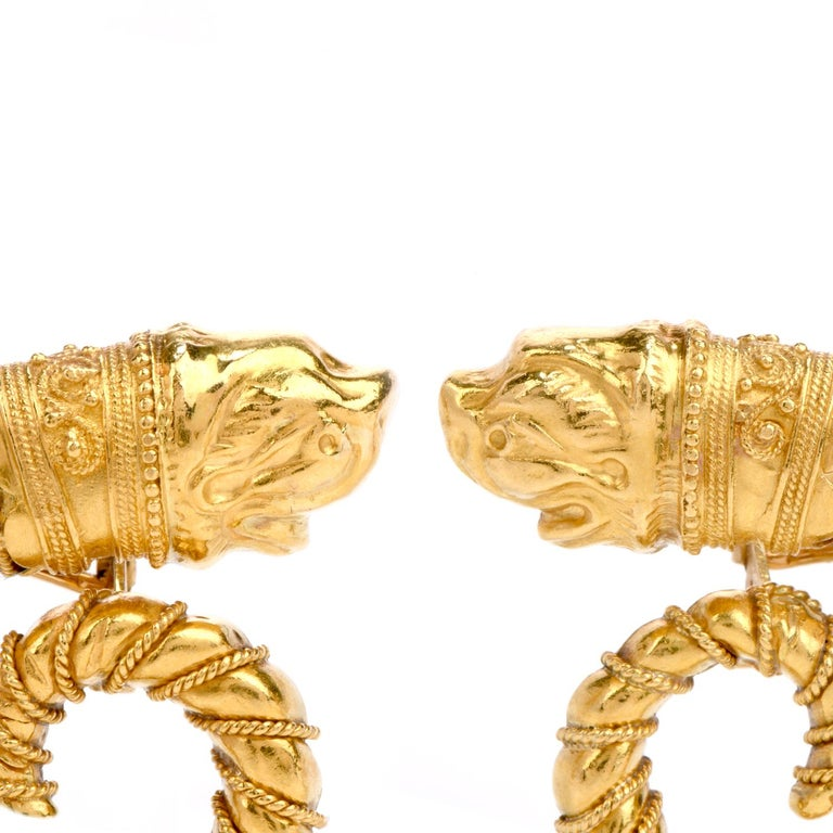 Retro Mid-20th Century Zolatos Greek 22 Karat Gold Large Clip-On Earrings For Sale