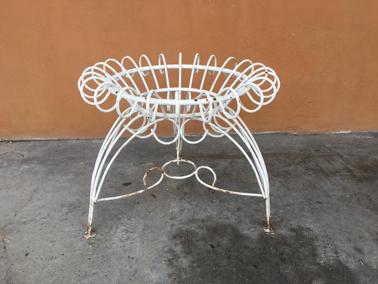 Mid-Century Modern French Set of 8 White Lacquered Iron Garden Chairs, 1960s For Sale 10