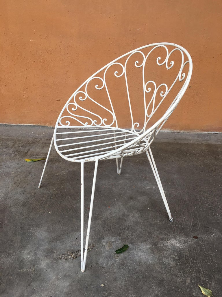 Mid-20th Century Mid-Century Modern French Set of 8 White Lacquered Iron Garden Chairs, 1960s For Sale