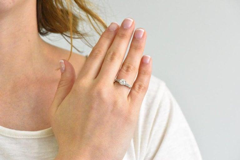 Midcentury 0.95 Carat Diamond Platinum Engagement Ring For Sale 1