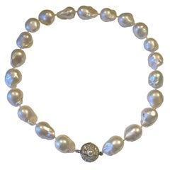 Mid Century 14 Karat Gold Large Baroque Pearl Necklace VS Diamond Baguette Clasp