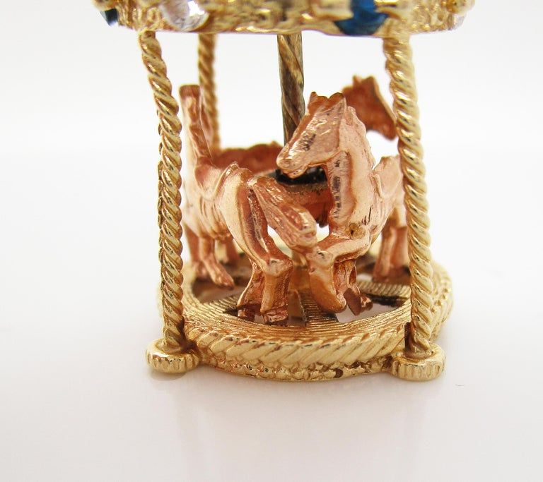 Midcentury 14 Karat Yellow Gold Sapphire Diamond Movable Carousel Pendant For Sale 2