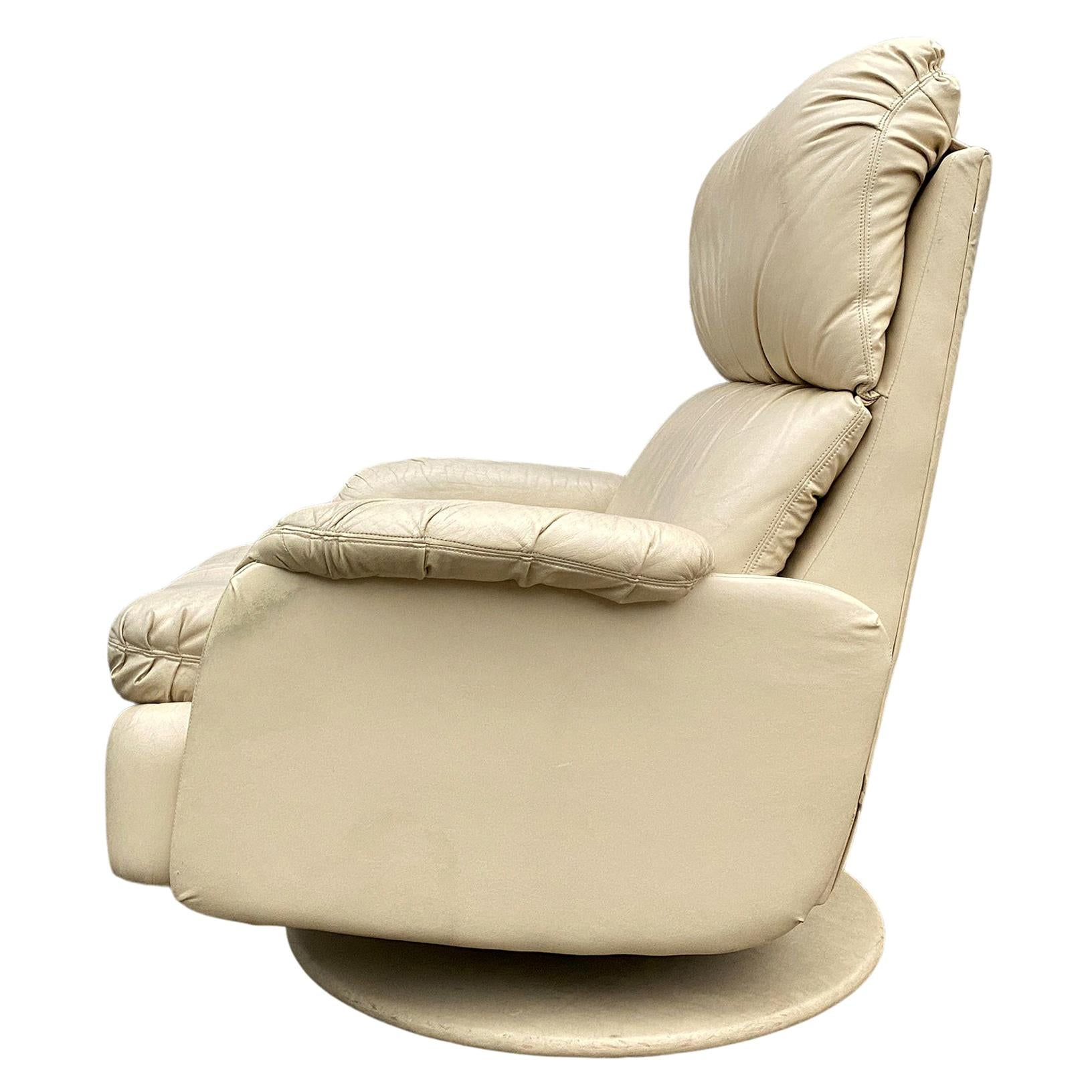 Mid Century 1980s off White Tan Leather Reclining Lounge Chair Style of De Sede