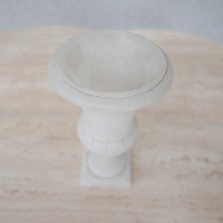 Mid-Century Alabaster Vase In Good Condition For Sale In Surbiton, Surrey