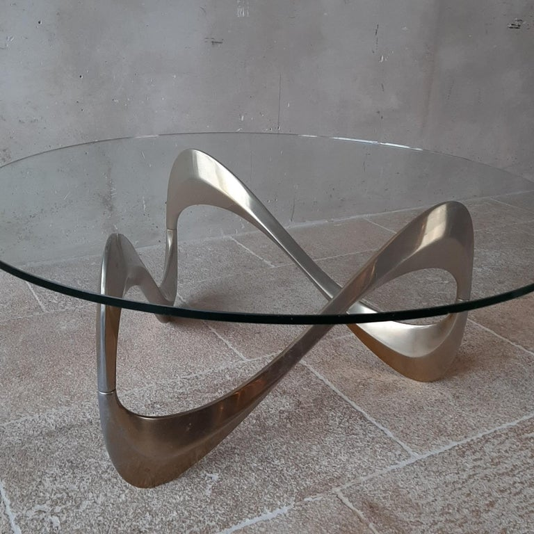 Midcentury Aluminum and Glass Coffee Table by Knut Hesterberg from the 1960s In Good Condition For Sale In Baambrugge, NL